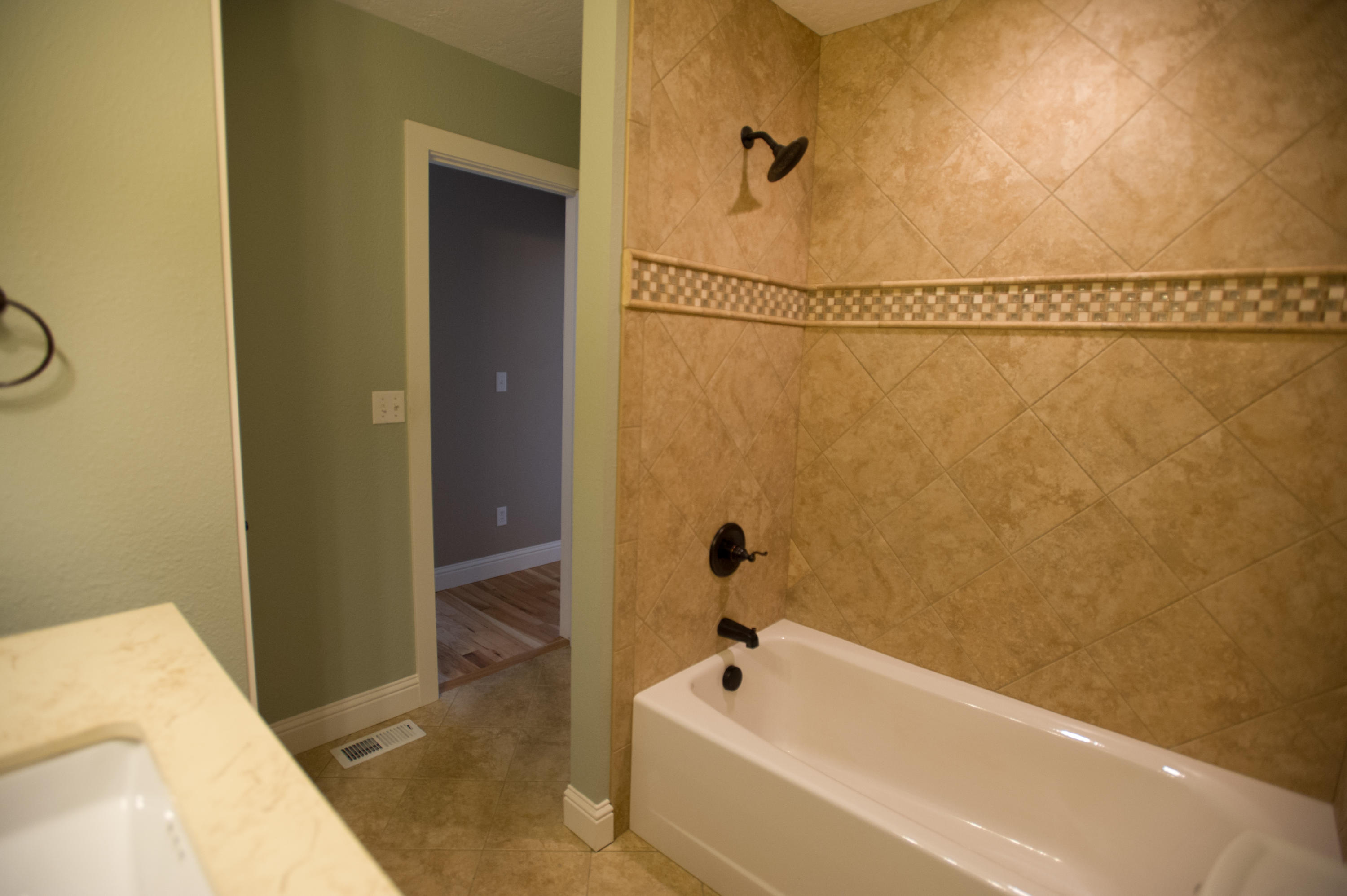 Property Image #2 for MLS #21905054