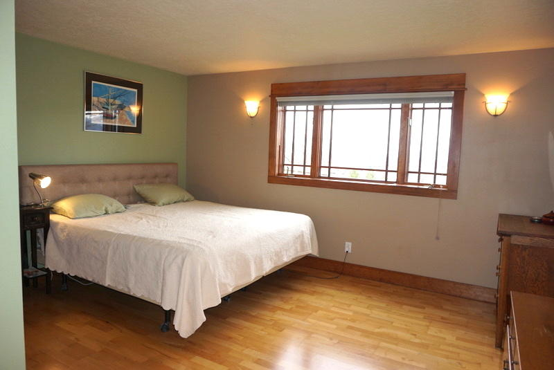 Property Image #2 for MLS #21905198