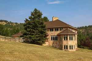 40 Martinez Gulch Road, Clancy, MT 59634