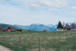 Irrigated mini-ranch in the heart of the Jocko Valley!