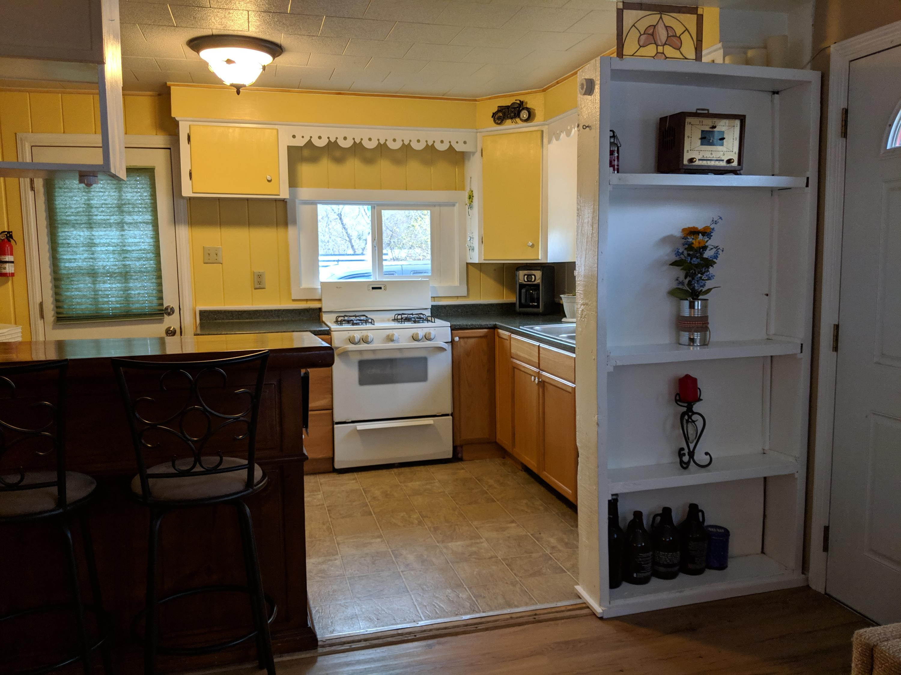 Property Image #2 for MLS #21906029