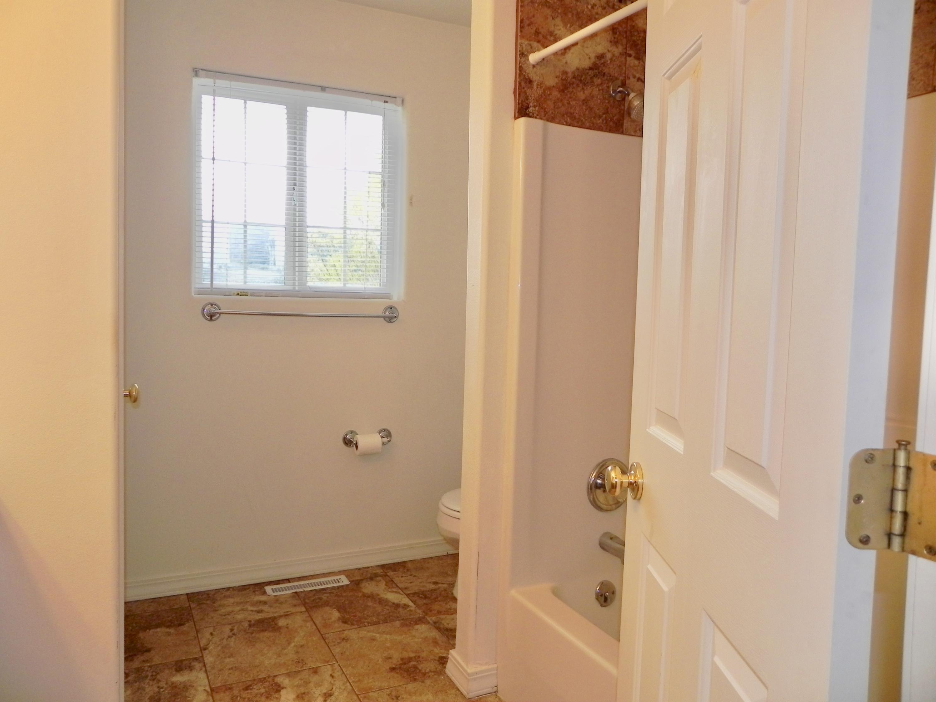 Property Image #11 for MLS #21906182