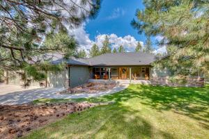 236 St Joseph Lane, Stevensville, MT 59870