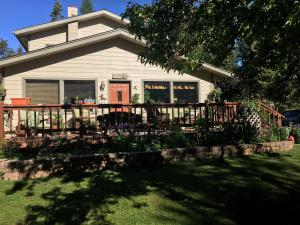 281 Hungry Deer Lane, Bigfork, MT 59911