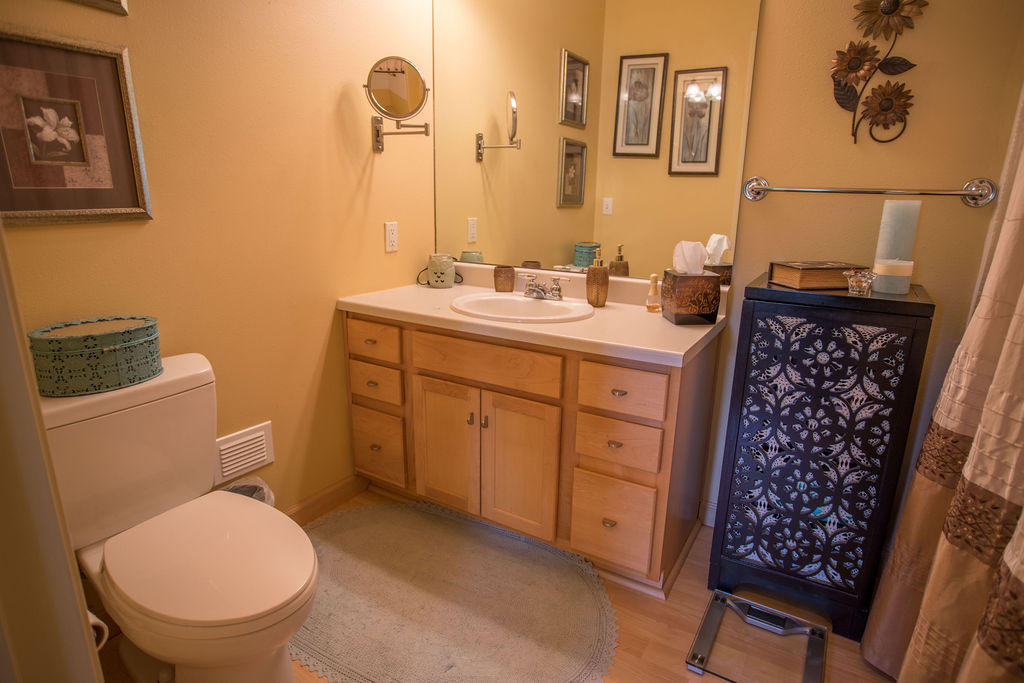 Property Image #2 for MLS #21906954