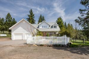 18340 Sorrel Springs Lane, Frenchtown, MT 59834