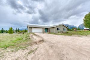 349 Moose Run Lane, Hamilton, MT 59840