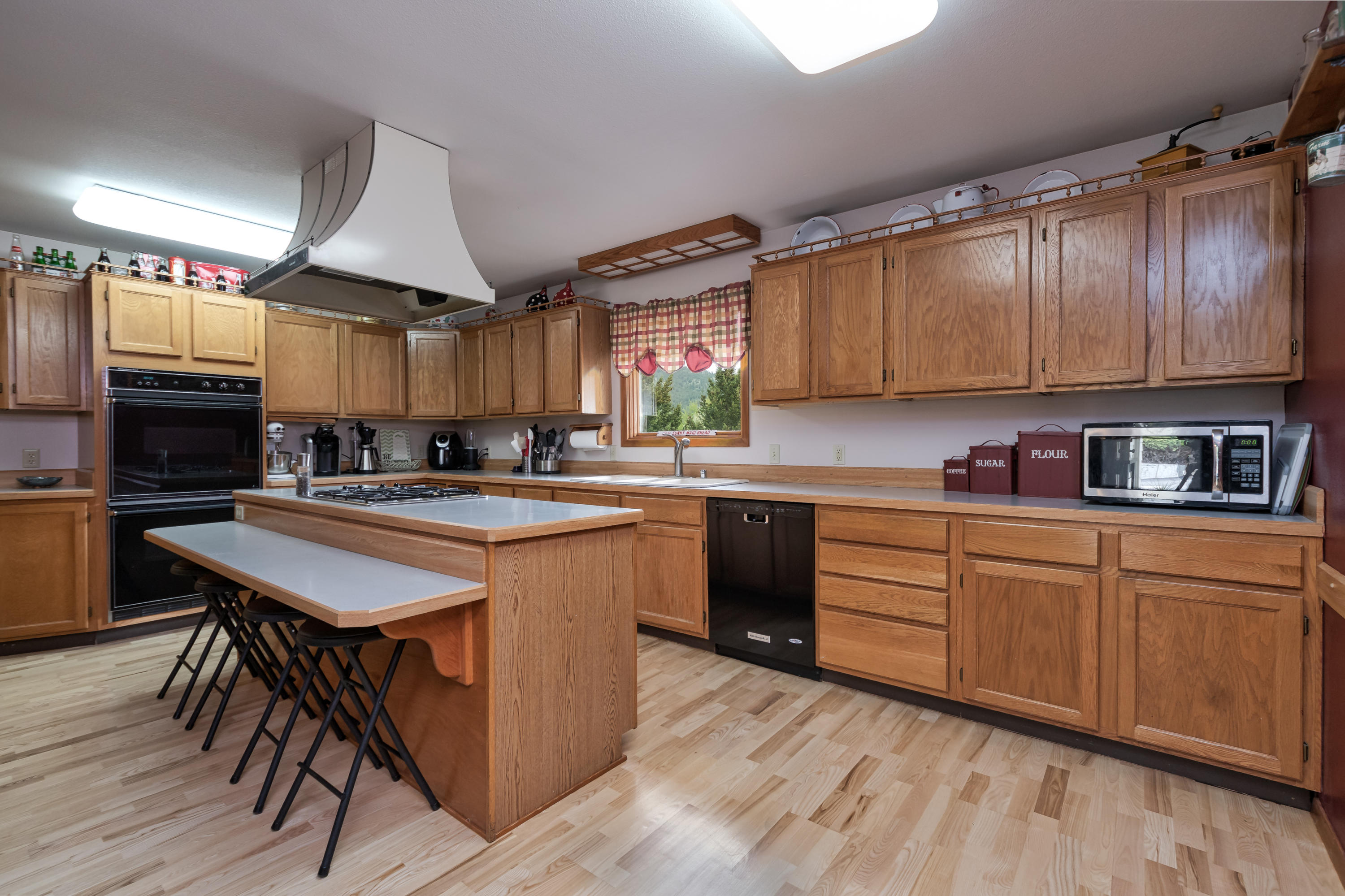 Property Image #3 for MLS #21907304