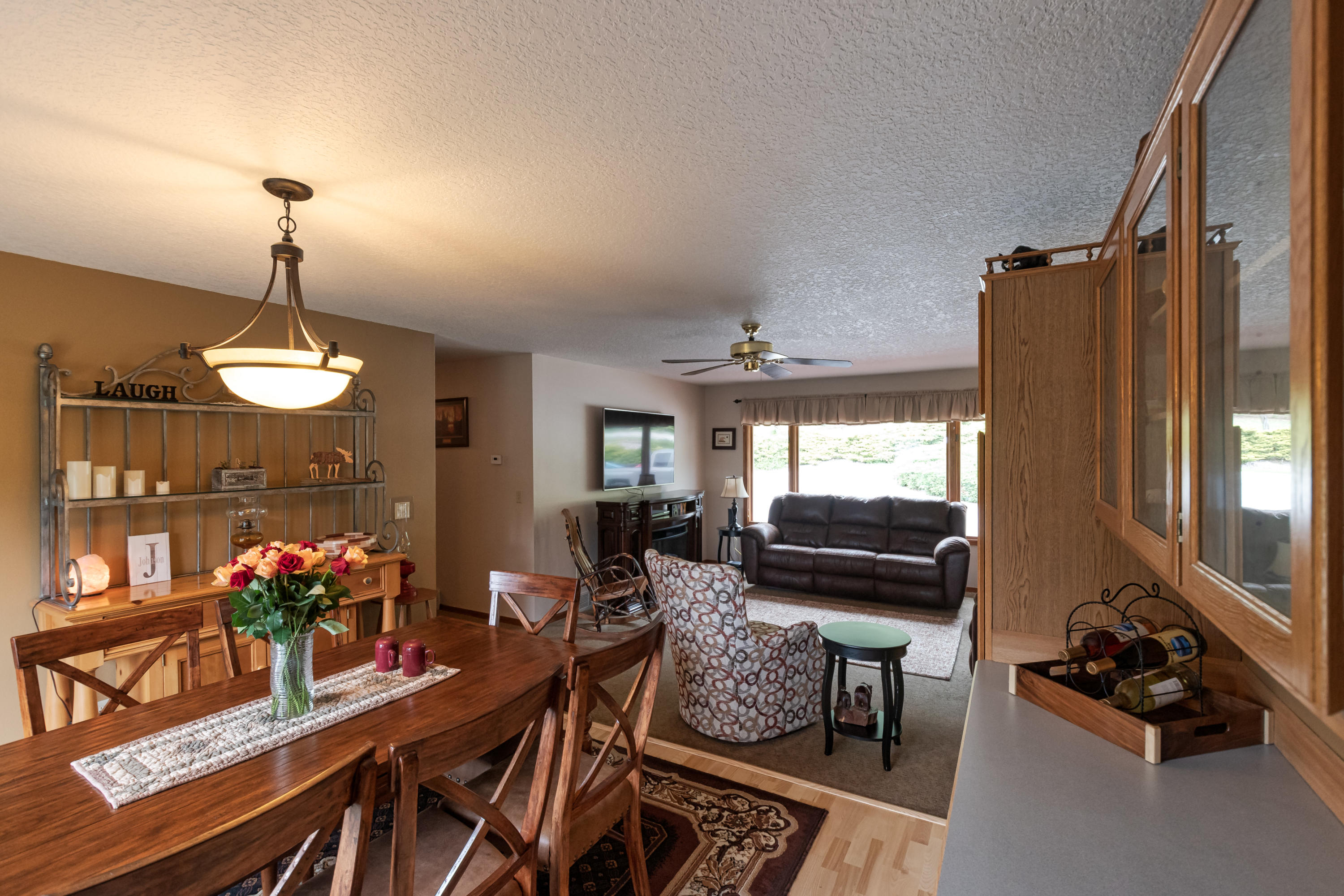 Property Image #2 for MLS #21907304