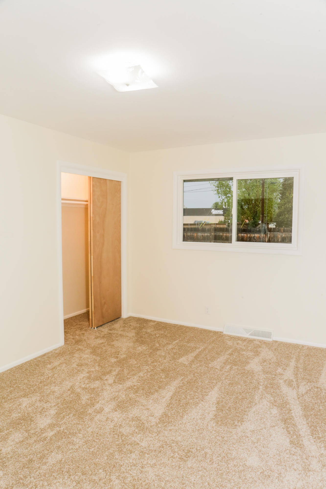 Property Image #2 for MLS #21906909