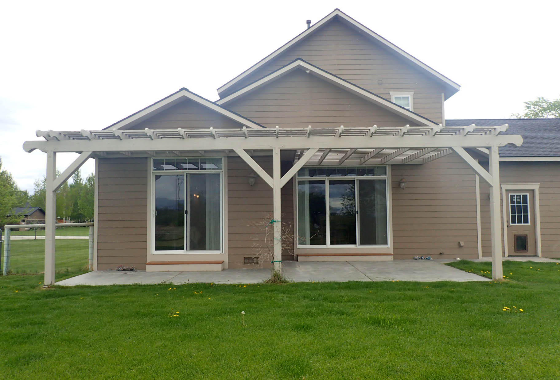 Property Image #2 for MLS #21907572