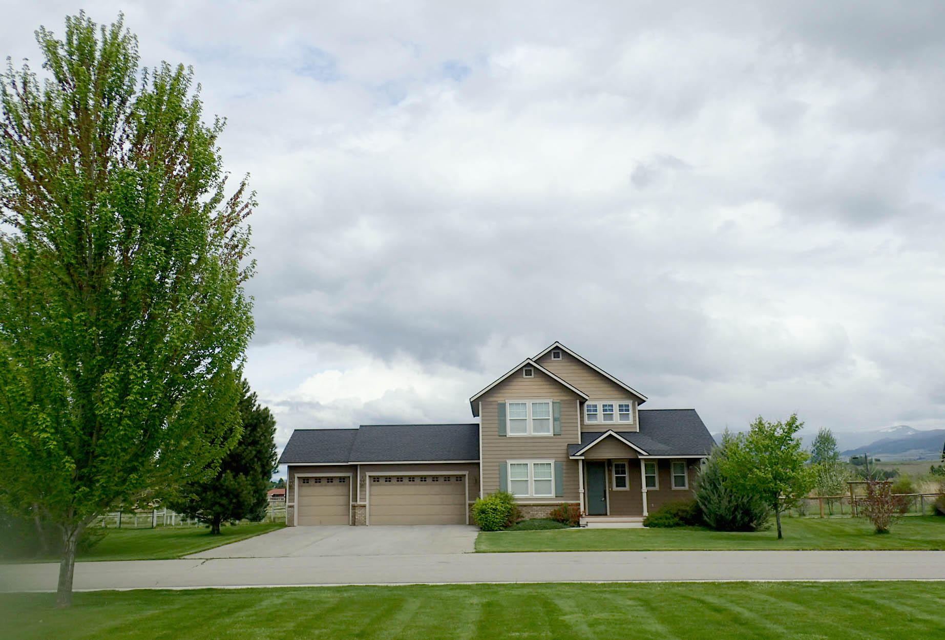 Property Image #3 for MLS #21907572