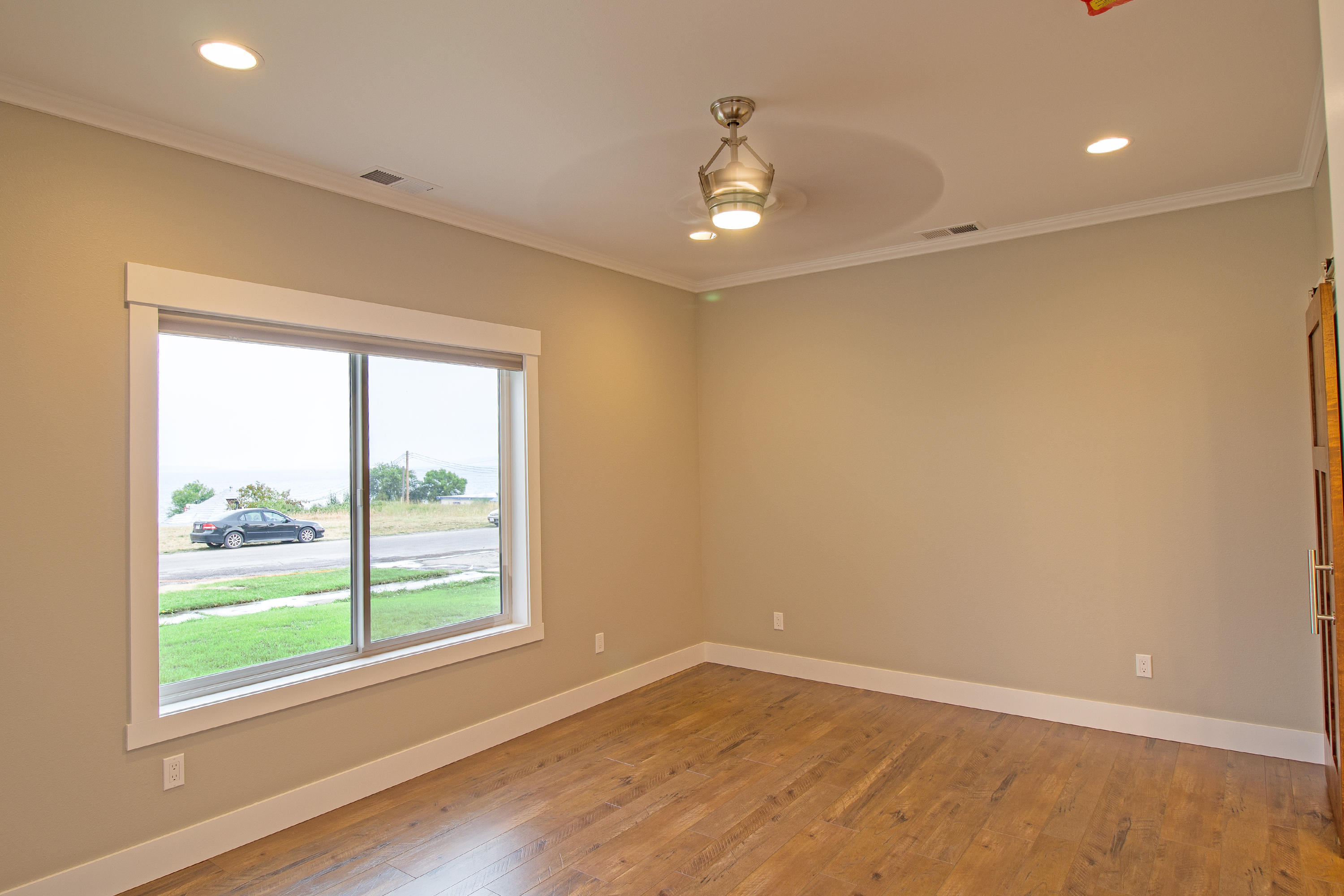 Property Image #10 for MLS #21908582