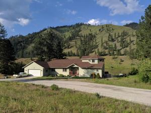 96 Clark Fork Drive, Superior, MT 59872