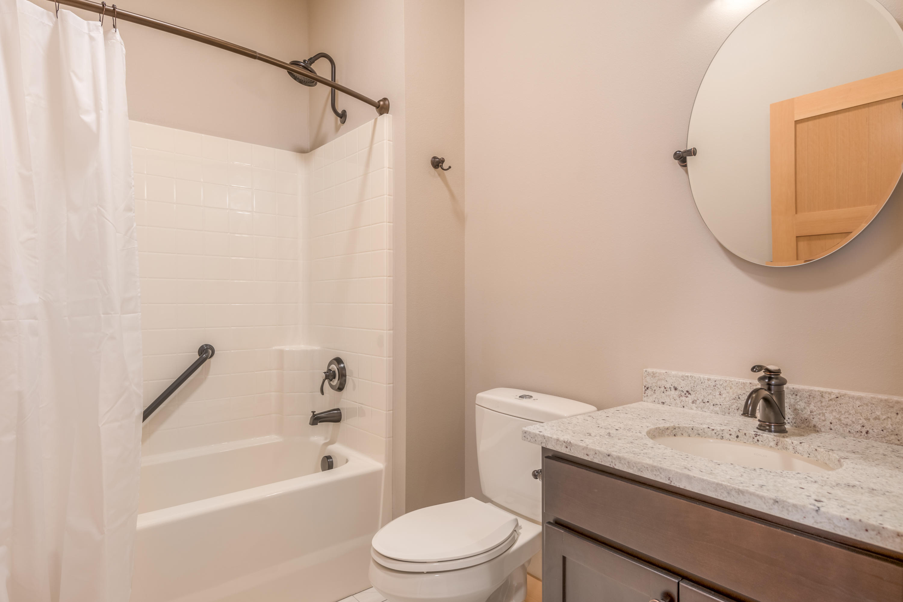 Property Image #5 for MLS #21908707