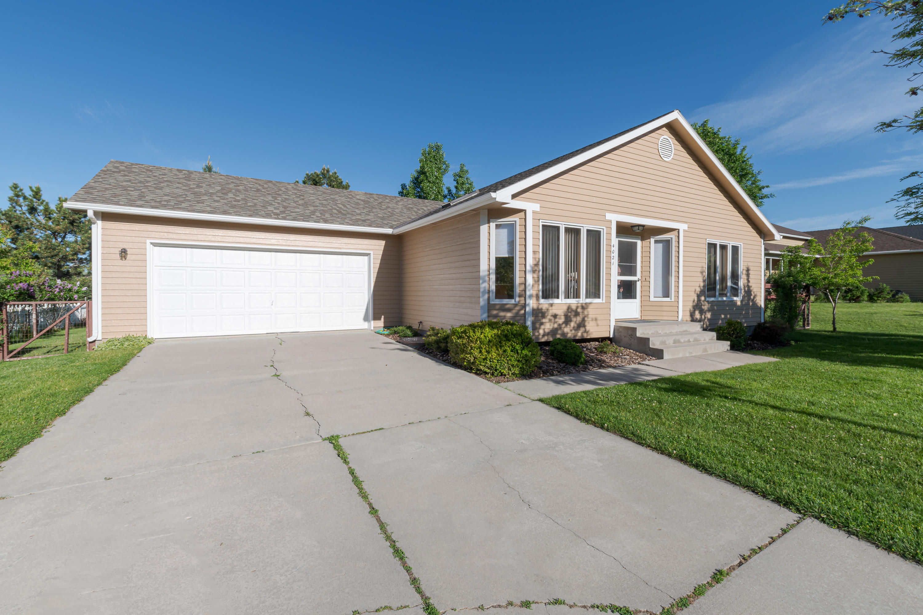 Property Image #1 for MLS #21904476