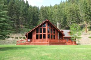23900 Lolo Creek Road, Lolo, MT 59847