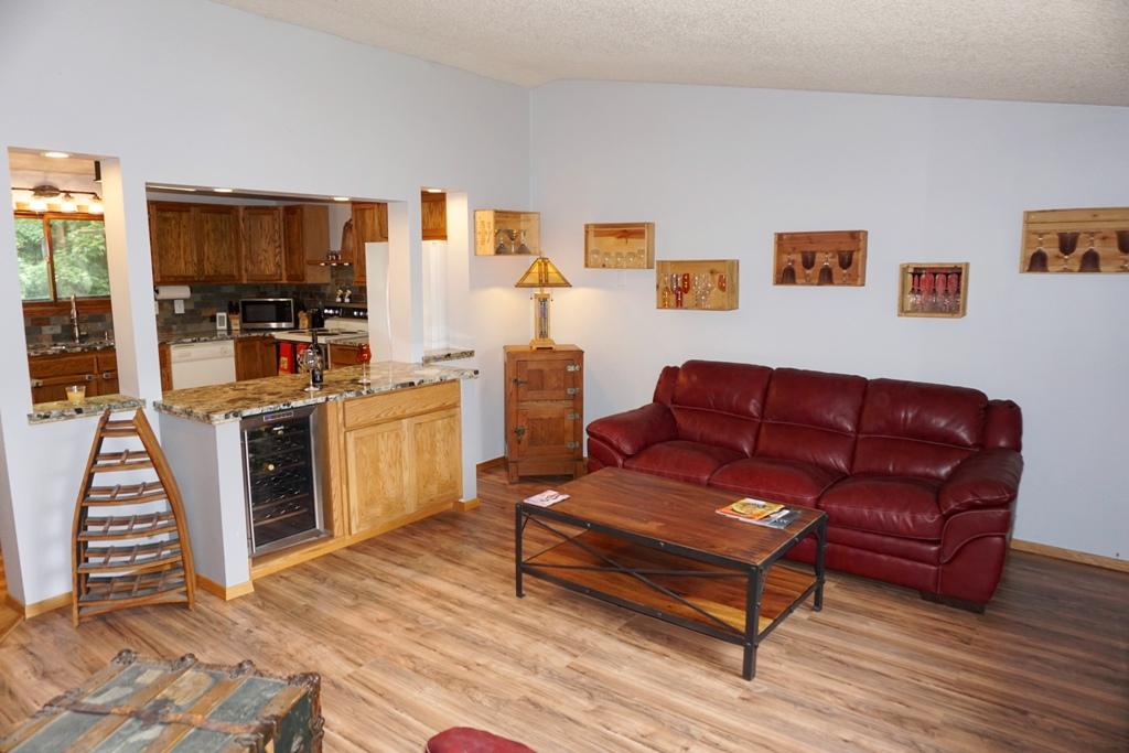 Property Image #2 for MLS #21909029