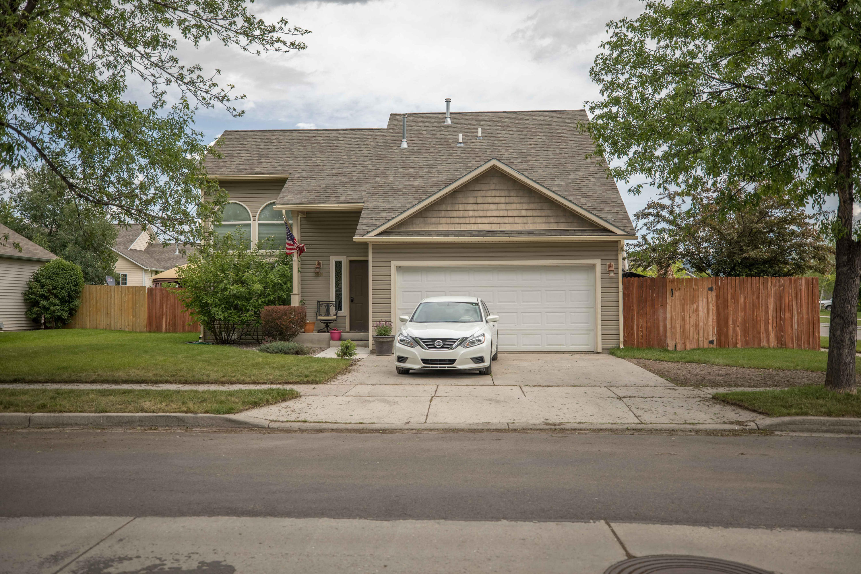 Property Image #1 for MLS #21909253