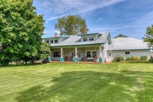 2568 Home Acres Road, Stevensville, MT 59870