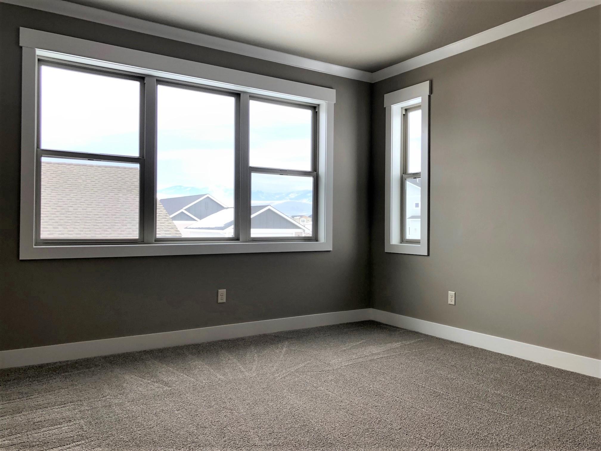 Property Image #2 for MLS #21906642