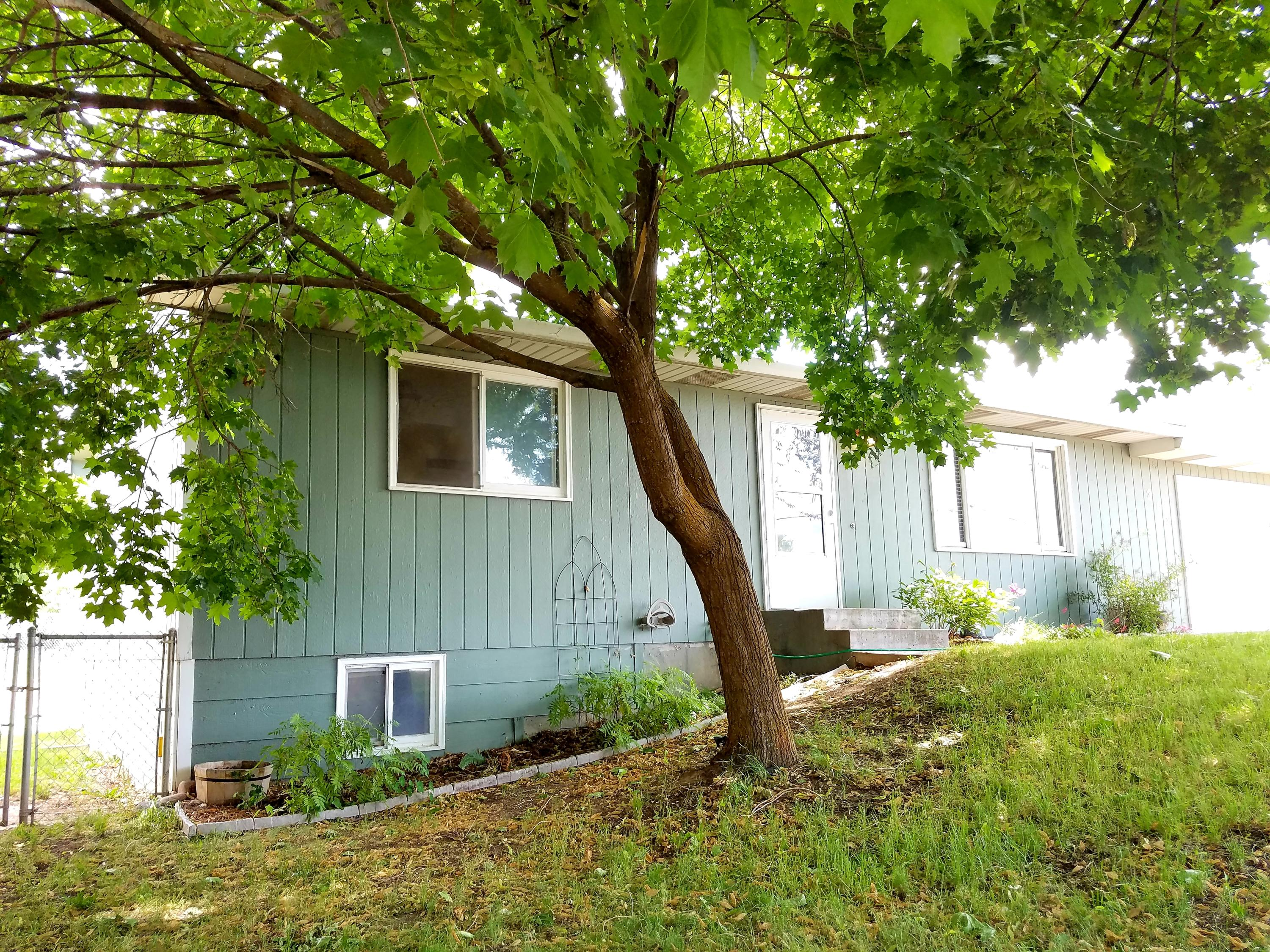 Property Image #1 for MLS #21910271