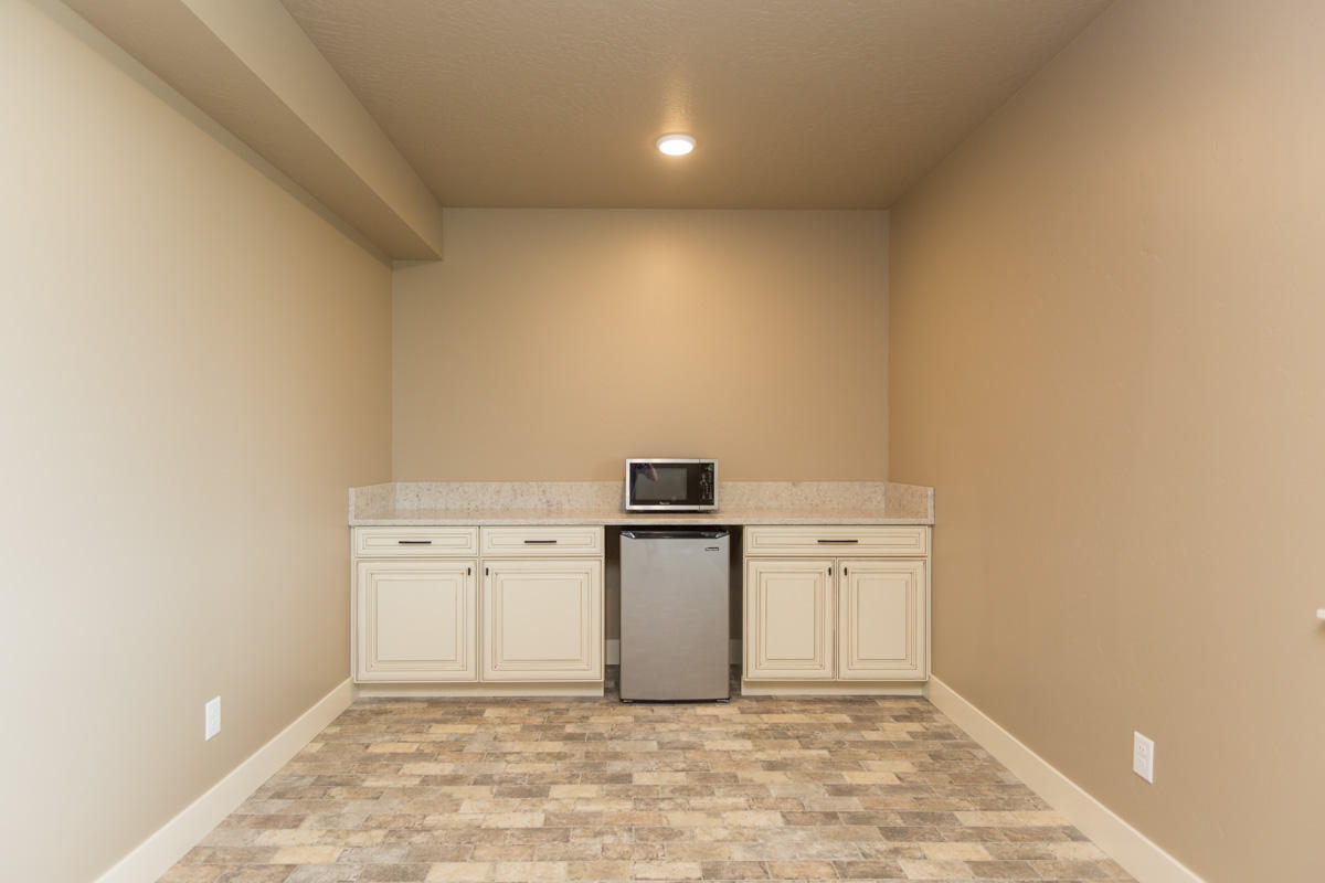 Property Image #17 for MLS #21911273