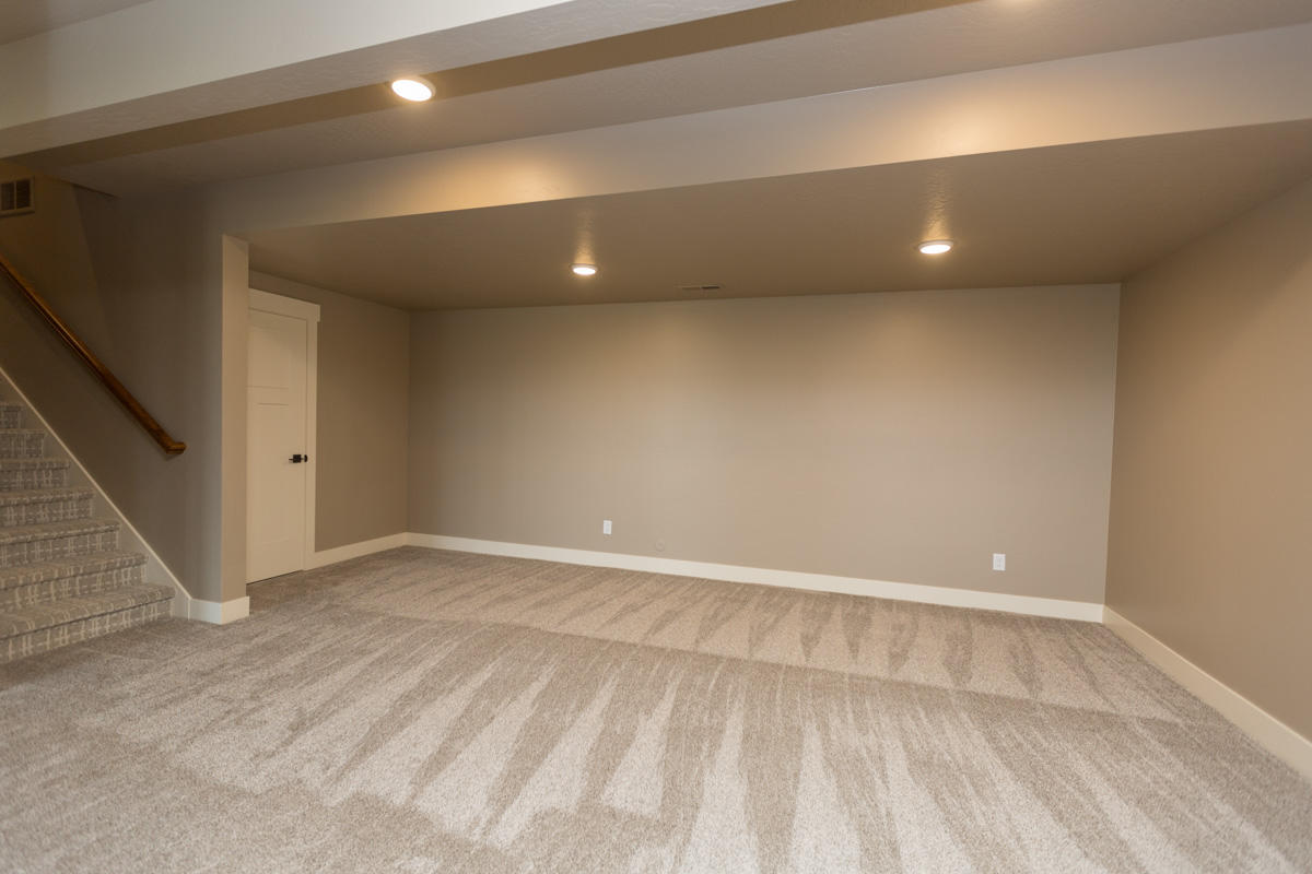 Property Image #18 for MLS #21911273