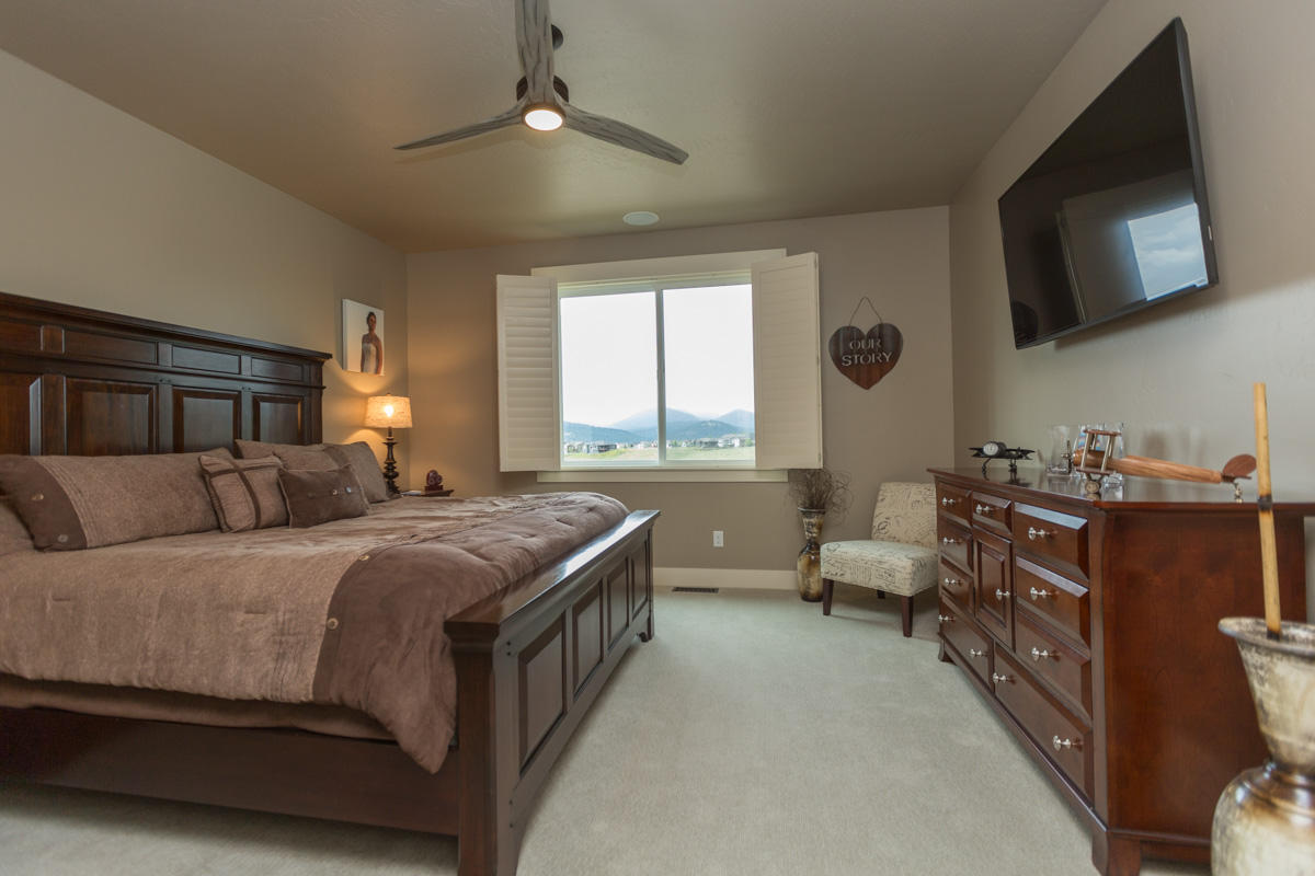 Property Image #4 for MLS #21911273
