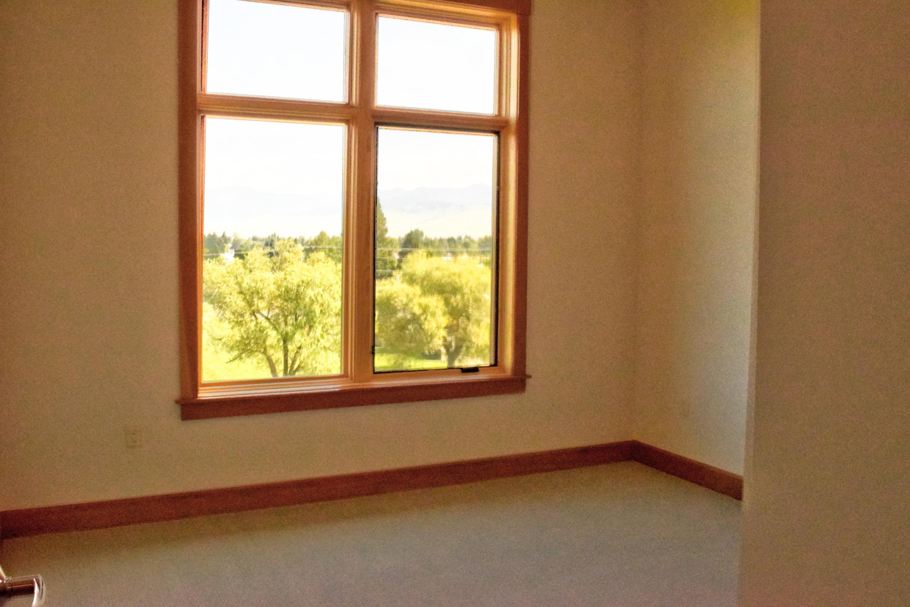 Property Image #2 for MLS #21911348