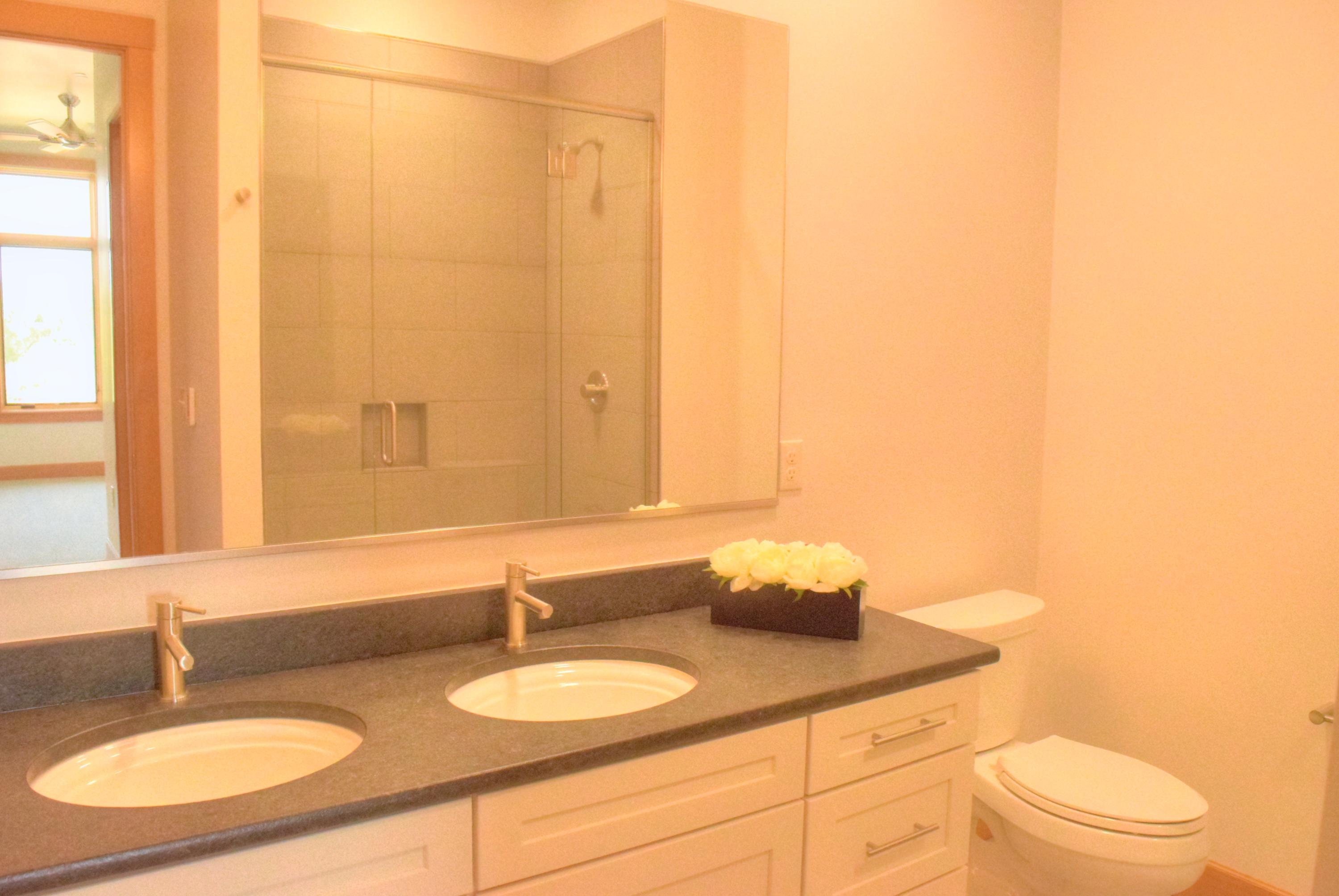 Property Image #5 for MLS #21911348