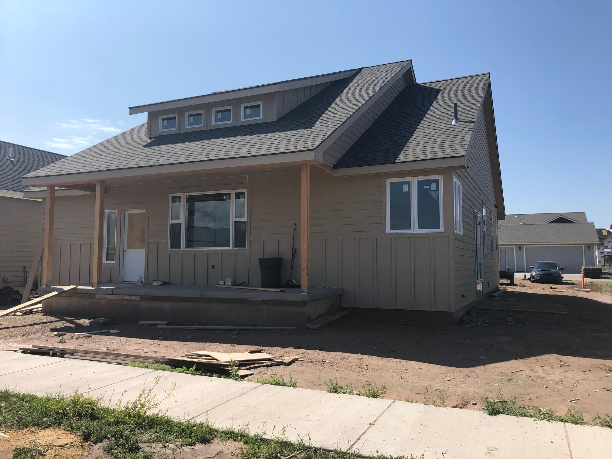 Property Image #1 for MLS #21911340