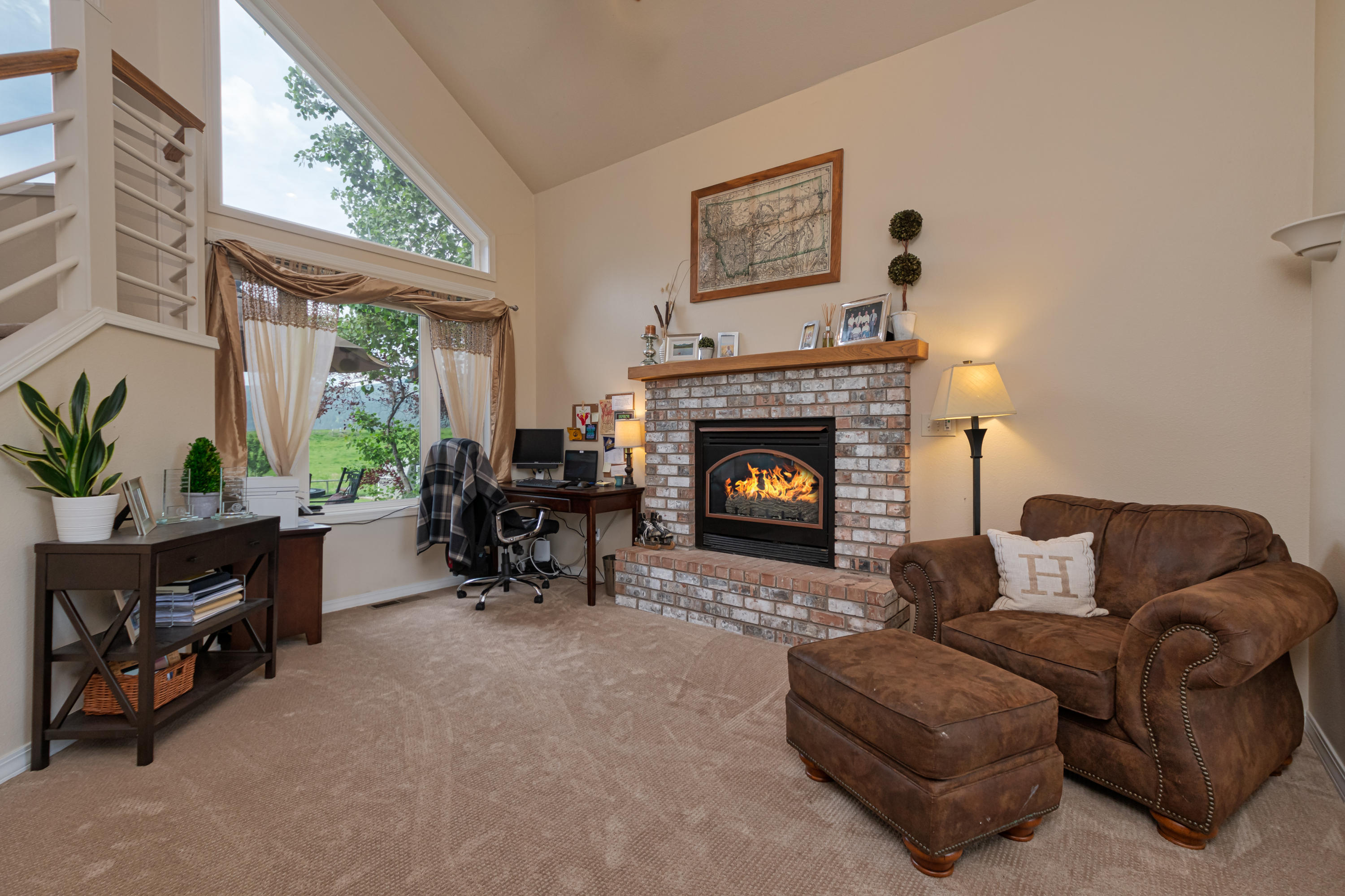Property Image #2 for MLS #21911385