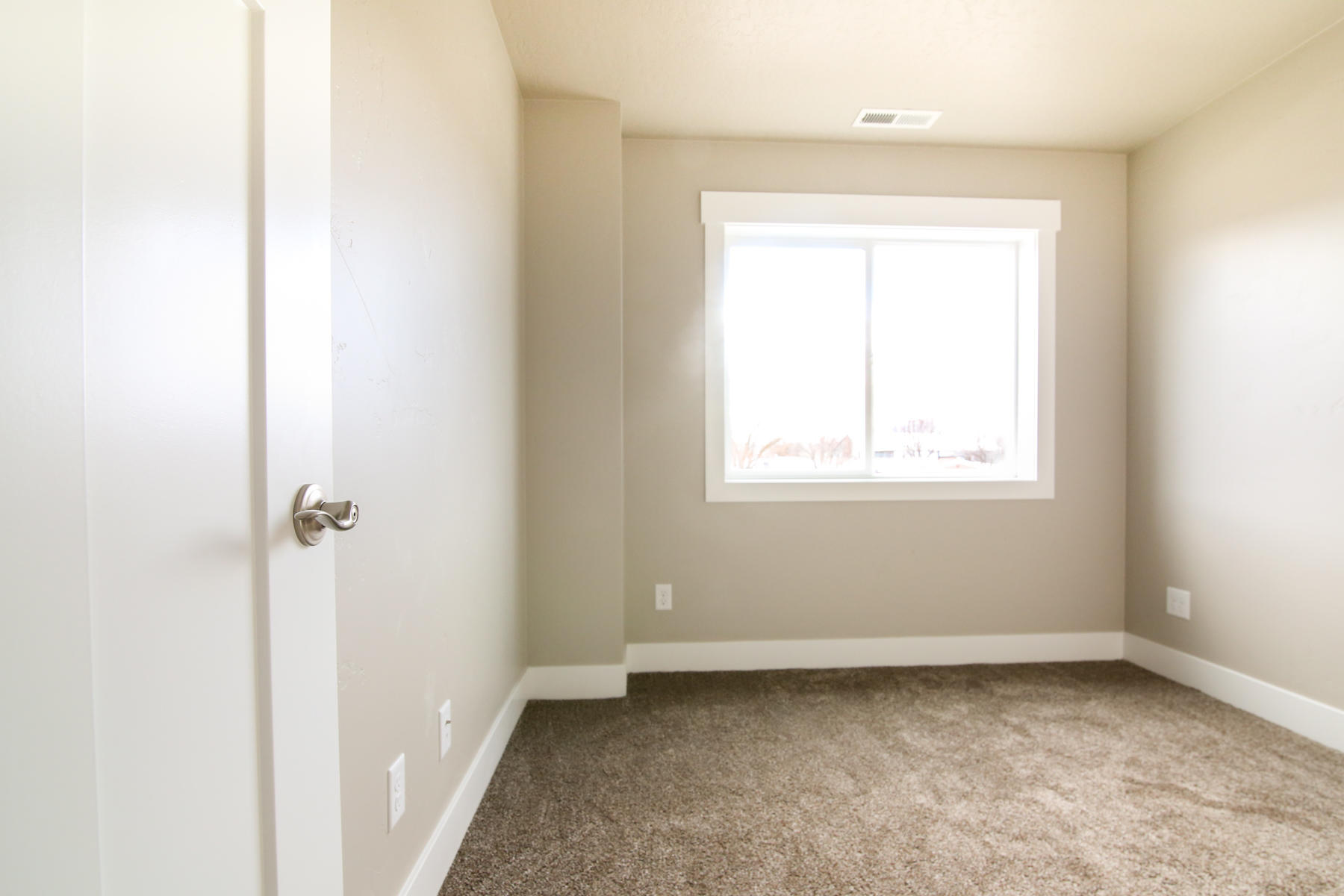 Property Image #2 for MLS #21911825
