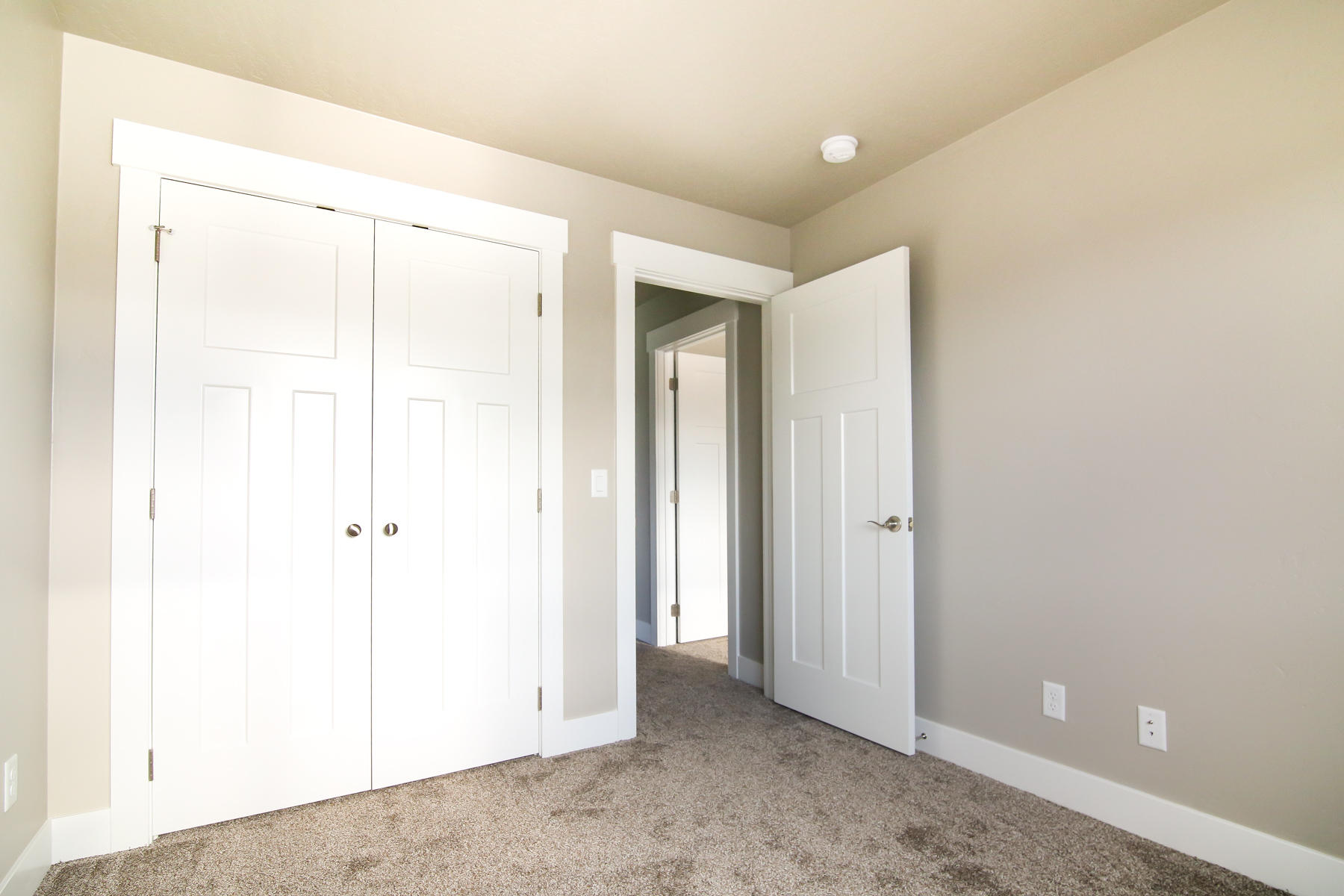 Property Image #3 for MLS #21911825