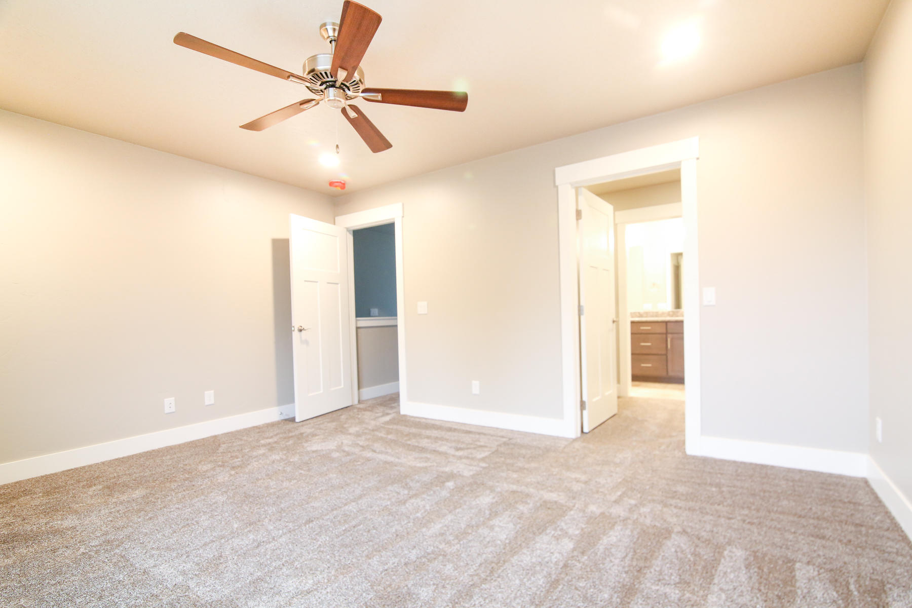 Property Image #4 for MLS #21911825