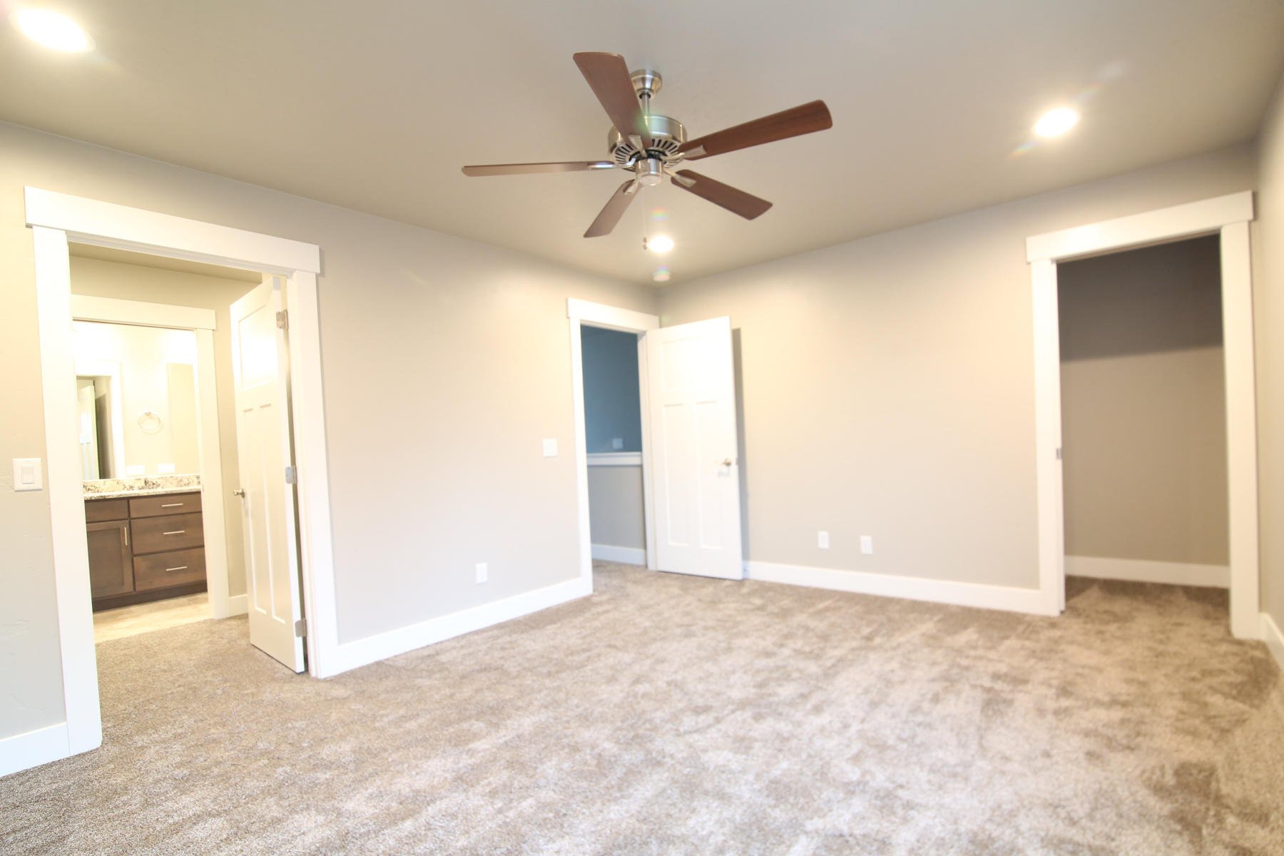 Property Image #6 for MLS #21911825