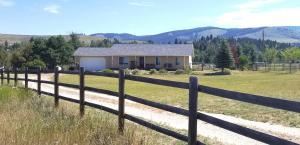 3318 New Hope Lane, Stevensville, MT 59870