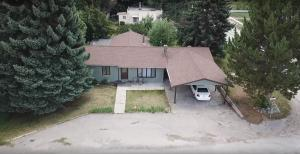 221 1st Avenue North, Hot Springs, MT 59845