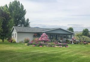 33953 Fox Road, Polson, MT 59860