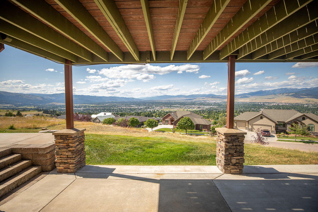 Property Image #27 for MLS #21912116