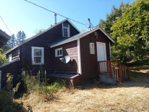 104 & 108 Apple Lane, Alberton, MT 59820