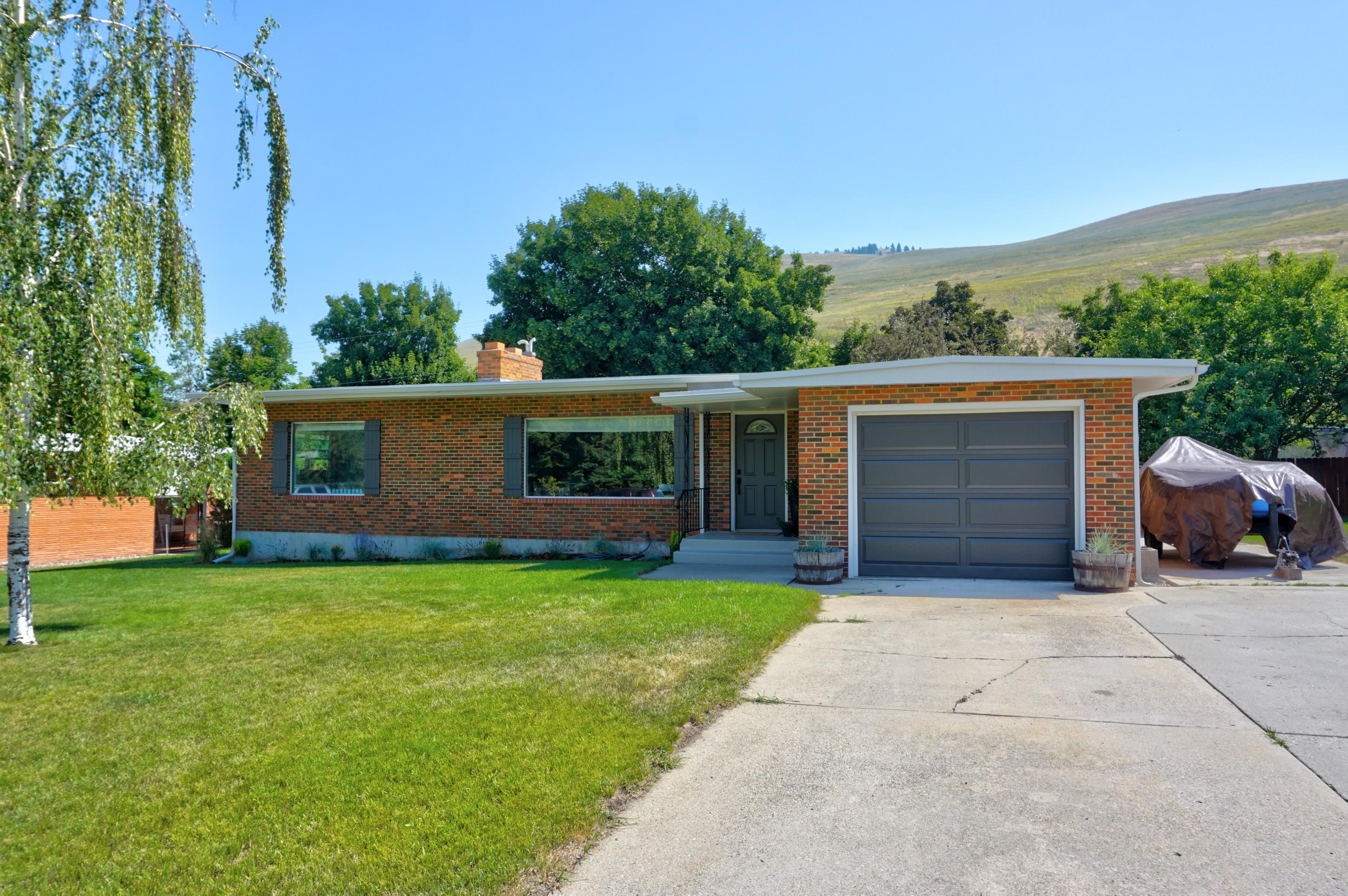 Property Image #1 for MLS #21912372
