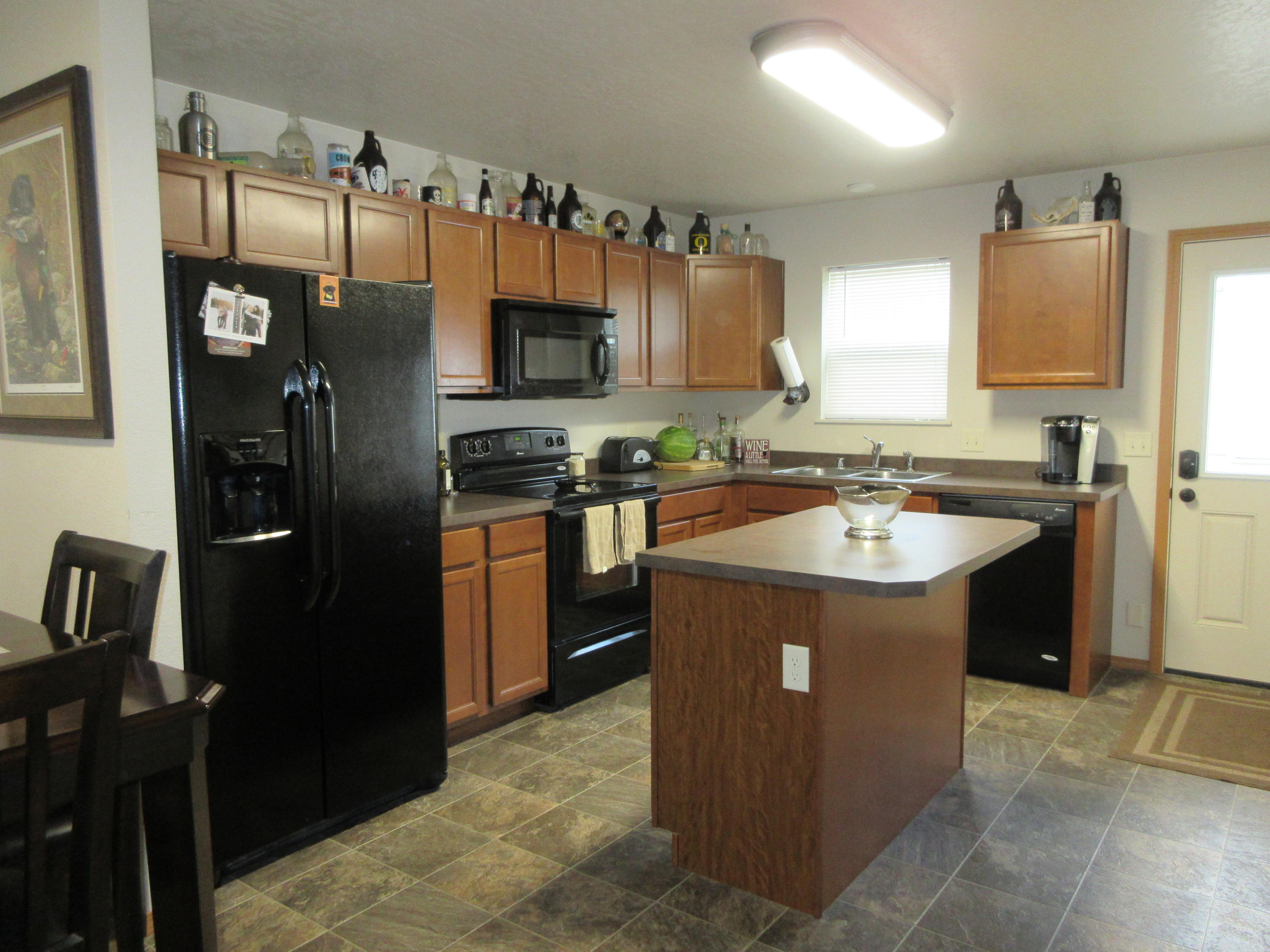 Property Image #2 for MLS #21913035