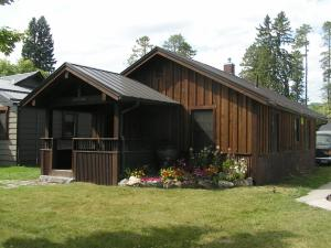 916 East 2nd Street, Whitefish, MT 59937