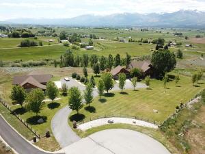 1600 Spartan Lane, Corvallis, MT 59828