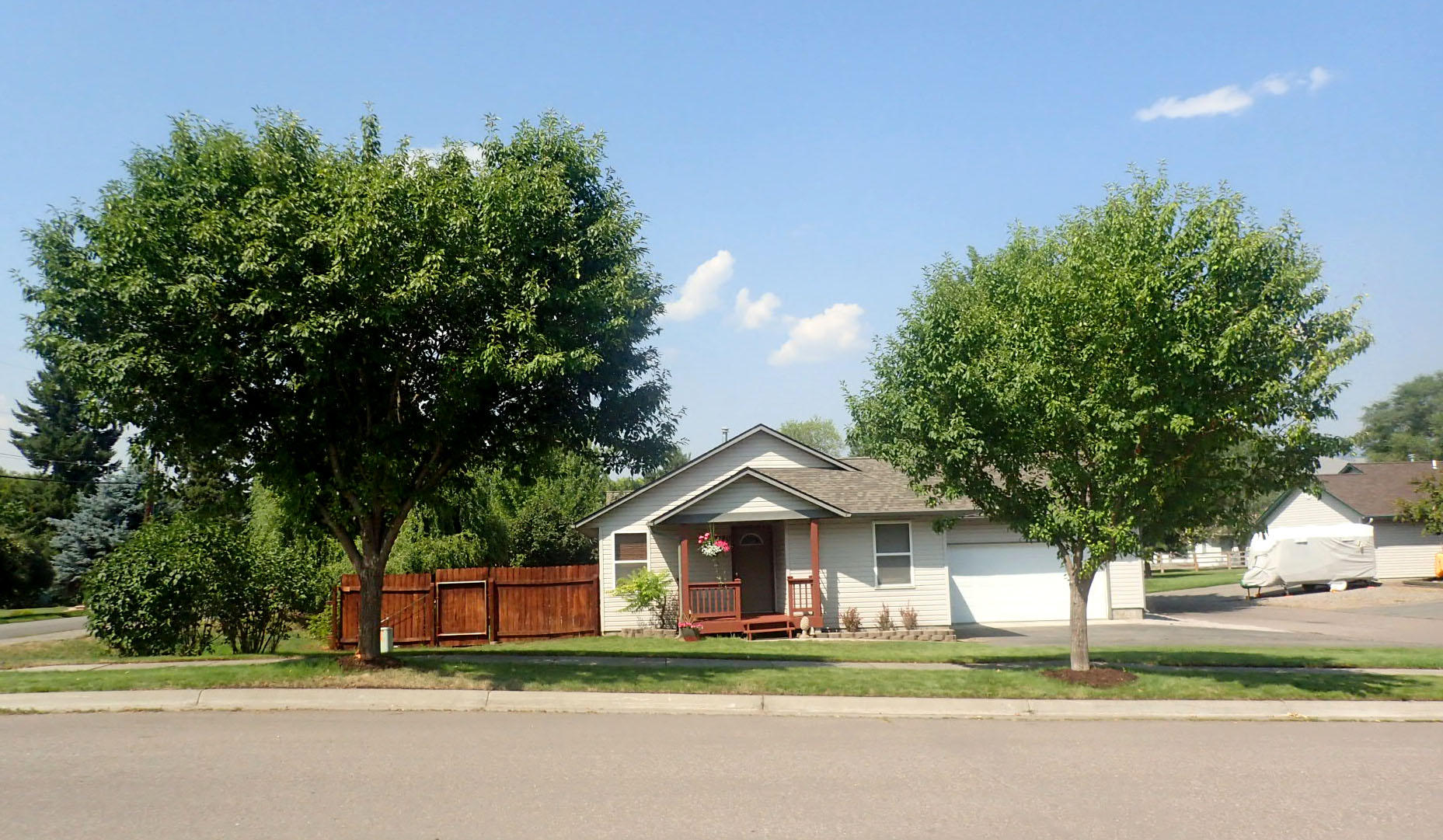 Property Image #1 for MLS #21913395