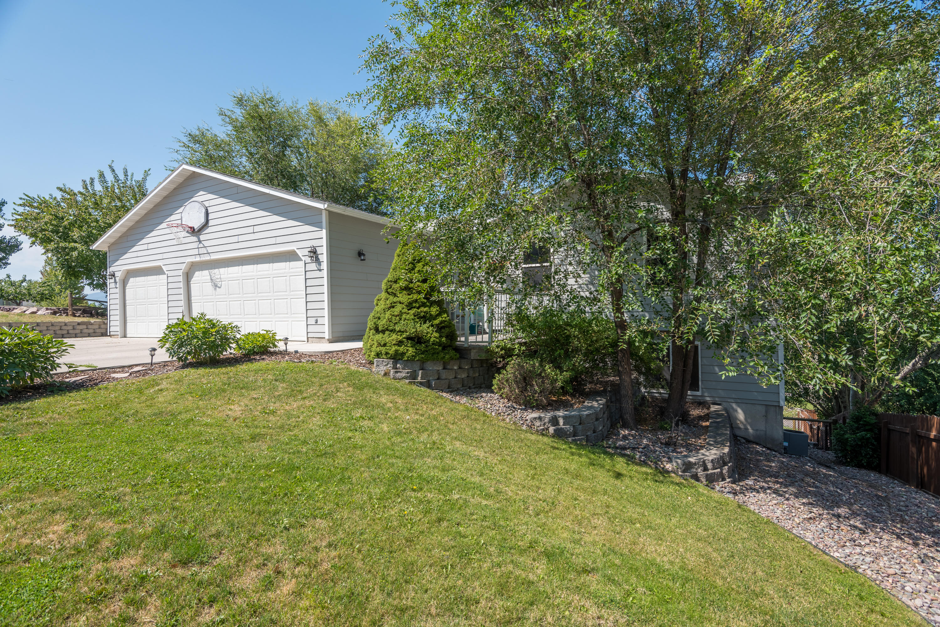 Property Image #1 for MLS #21913432
