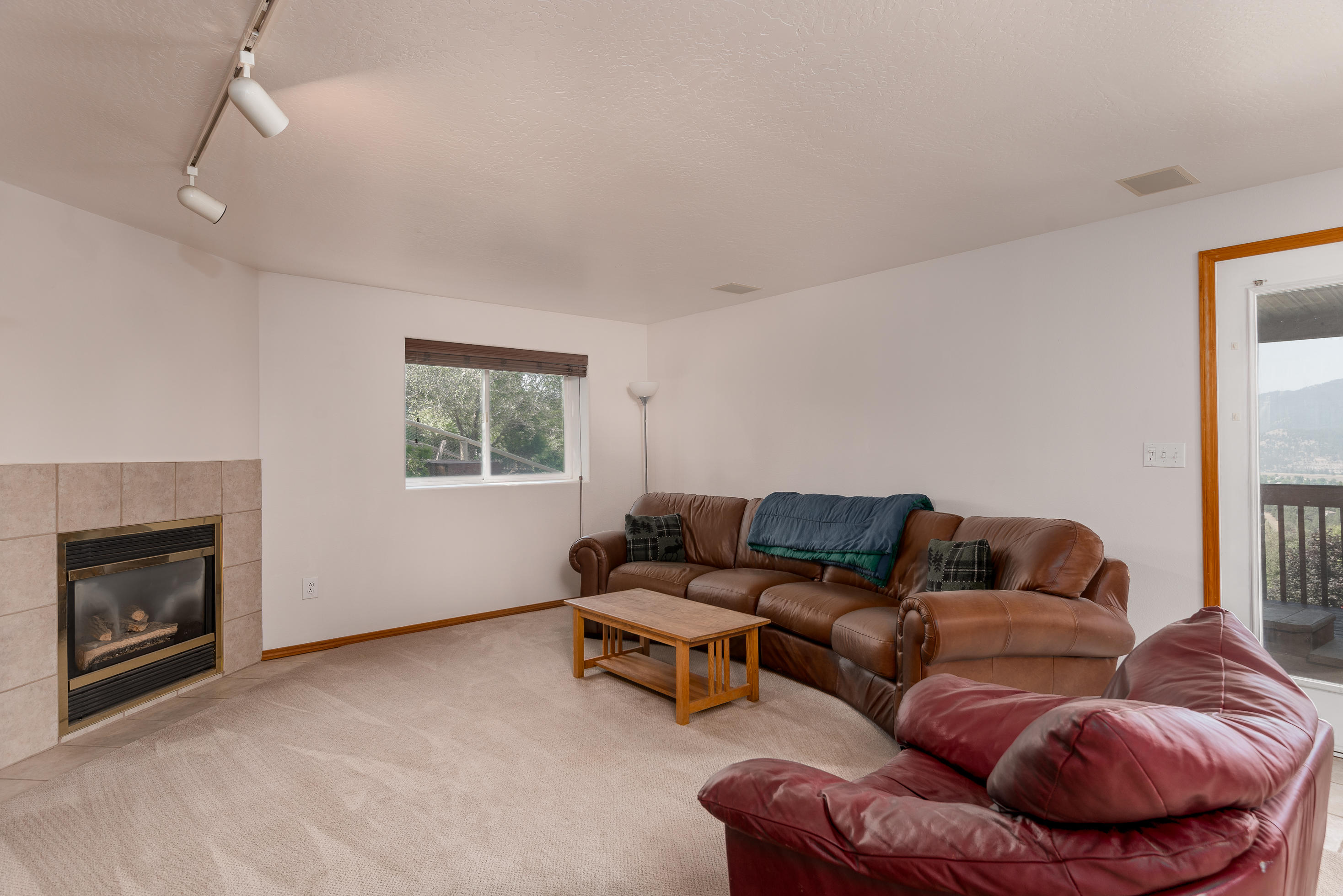 Property Image #10 for MLS #21913432