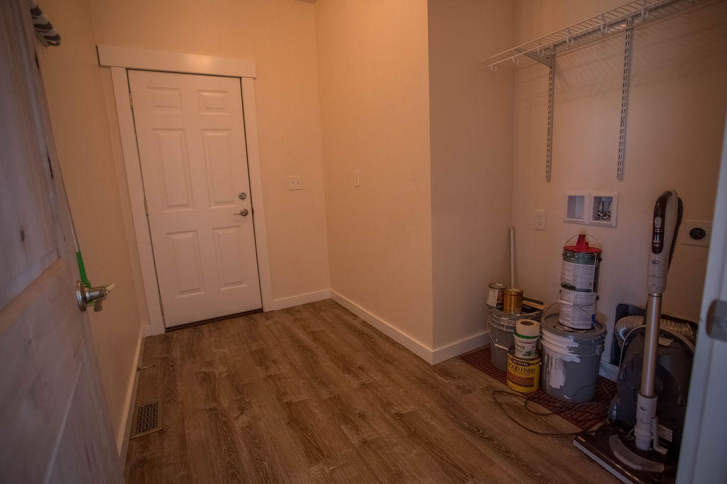 Property Image #2 for MLS #21913478
